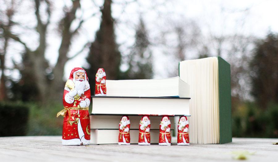 Buechergeschenke_zu_Weihnachten